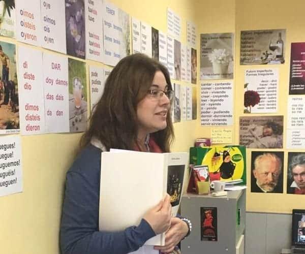 Соня Минева, сертифициран сугестопед, преподава в езикова школа KREG