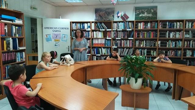 Деца от летен сугестопедичен курс по английски